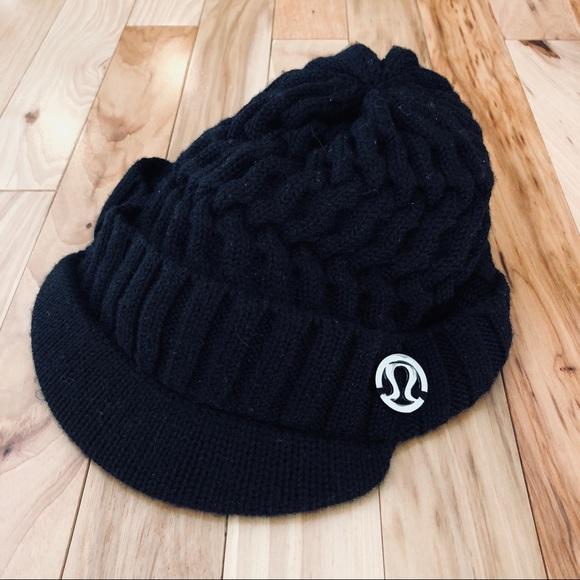 4e445e0608c8c lululemon athletica Accessories - Lululemon Brimmed Beanie Hat (F1)